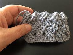 Punto canestro ad uncinetto - YouTube Doily Patterns, Crochet Patterns, Crochet Stitches, Knit Crochet, Pattern Design, Free Pattern, Macrame Bag, Crochet Videos, Crochet Designs