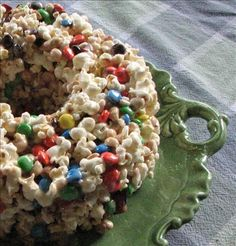 This is great for parties or any time. Looks pretty on a cake plate. Young and old enjoy this chocolate and popcorn combination. I have made this many times and has always been a hit. Popcorn Recipes, Candy Recipes, Dessert Recipes, Dessert Ideas, Dessert Food, Lunch Recipes, Fall Recipes, Just Desserts, Delicious Desserts