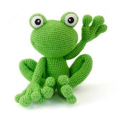Kirk the frog amigurumi pattern by Lisa Jestes