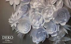 große Papierblumen aus einfachem Kopierpapier