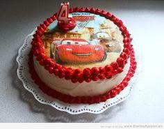 Tarta del personaje de Cars - Rayo McQueen