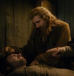 My god Fili's face through this whole part...