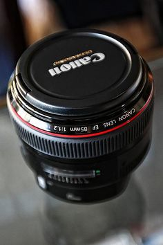 The Canon 85mm f/1.2 ... *sigh* ... rented and now I am in love. Please Santa?!