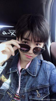 TFBOYS- Vương Tuấn Khải 's Weibo_Weibo