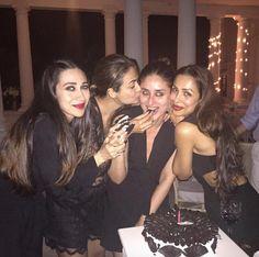 Kareena Kapoor Khan celebrated her birthday at the Pataudi Palace with sister Karisma Kapoor and friends Malaika Arora Khan and Amrita Arora Ladak. Bollywood Actors, Bollywood News, Bollywood Celebrities, Bollywood Fashion, Happy Birthday Bestie, 35th Birthday, Celebrity Gossip, Celebrity Style, Bollywood Bridal