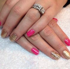 Hot pink & gold!  Love love love these nails!