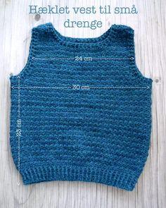 Hæklet vest til små drenge | Eponas dagbog Crochet Vest Pattern, Crochet Socks, Baby Knitting Patterns, Diy Crochet, Crochet Baby, Crochet Patterns, Crochet Top, Baby Vest, How To Make Clothes