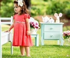 Para as crianças poderem aproveitar os dias mais quentes do ano, a Paraíso Moda Bebê lança a Coleção de Verão 2014. Venha conferir: www.gemelares.com...