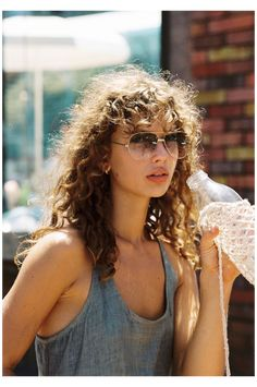 Curly Hair Styles, Curly Hair With Bangs, Short Curly Hair, Natural Hair Styles, Curly Hair Fringe, Tame Curly Hair, Curly Mullet, Medium Curly, Thick Hair
