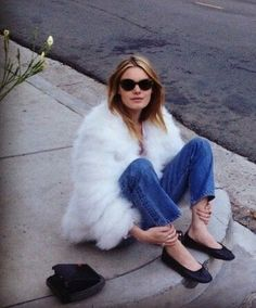 #redunhighrise white vintage inspired fur + high rise denim + ballerina flats. those sunnies too!