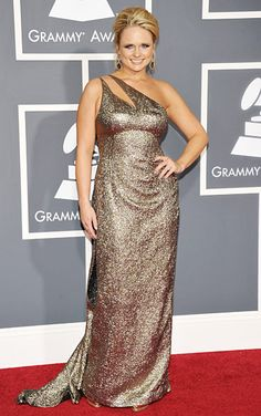 #MirandaLambert in #GeorgeChakra at the 2011 #Grammys