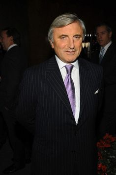 IMAGE UPDATE: Four Seasons Restaurant owner Julian Niccolini. REPLACED IMAGE PER CLIENT REQUEST [CORBIS Corbis-42-23712708; £129 for 5 YEARS]