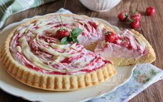 Crostata morbida fragole panna e cioccolato bianco