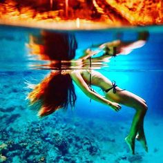 The saylor tightrope walker  . From the rim to the other one From the bridge to the stern I have the heart which swings  I have the heart which sways .... Sometimes far off  I believe to see the Earth Sometimes at least  I learn to keep silence .... My lips are dry  If you knew.... But I hurry  To save you . I cope with waves  Flirt with winds and emotion  From the watchtower i look at Your reflection on the ocean Then i raise The big sail And my boat slides  Under the fire of stars Hair…