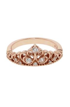 Princess Crown Ring <3 Give that to my little girls to remind her she's a daughter of a king.