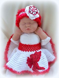 Little Cupid Newborn Crochet tutu and headband by ParesCreations, $32.00