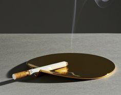 fetish ashtray/ scrumiera din aur