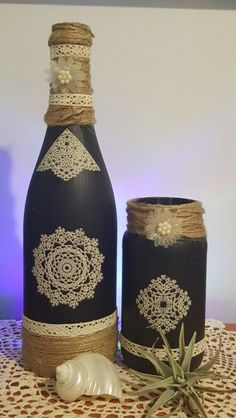 Wine Bottle Crafting Archives - Page 2 of 10 - Crafting To Go Wine Bottle Glasses, Empty Wine Bottles, Recycled Wine Bottles, Wine Bottle Art, Diy Bottle, Glass Bottles, Glass Bottle Crafts, Wine Craft, Altered Bottles