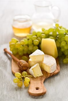.....cheese and grapes....for small get together's love <3
