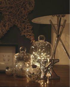 Arrange LED twinkle lights under a glass cloche. Twinkle Lights, String Lights, Twinkle Twinkle, Fairy Lights In A Jar, Jar Lights, The Bell Jar, Bell Jars, Christmas Decorations, Holiday Decor