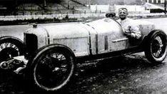 Ferrari History 1947-2017 ✫1898 †1988 1918 Francesco Baracca & 1º Cavallino Rampante Logo 1919 Enzo Ferrari @ CMN Costruzioni...
