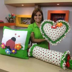 Декор и рукоделие (handmade) Baby Pillows, Kids Pillows, Throw Pillows, Cottage Cushions, Sewing Crafts, Sewing Projects, Cute Cushions, Cushions To Make, Diy Cushion