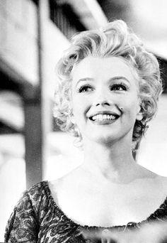 Milton Greene sitting, Marilyn Monroe