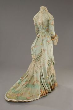 This incredible dress is a costume for the film 'The Age of Innocence' (1993), directed by Martin Scorsese. Age of innocence is set in the Victorian era, during the 1870's and this costume was worn by Michelle Pfeiffer.