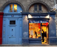 "Bayona - Francia / Bayonne - France Fotografías de Bayona, Francia. Panadería, pastelería ""Au Fournil Montaut"" Un grand choix de pains spéciaux, sandwiches, pizzas 25 Rue d'Espagne, Bayonne"