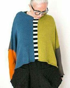 I could piece together sweater parts with crochet - Finished Objects Knitwear Fashion, Knit Fashion, Old Sweater, Sweaters, Knitting Designs, Pulls, Hand Knitting, Knitting Patterns, Crochet Patterns