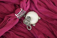 Idée cadeau : FOULARD 100% COTON ROSE INDIEN ET  BIJOU DE FOULARD ELEPHANT