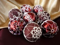 Google Image Result for http://www.deviantart.com/download/181426448/tatting_christmas_bulbs_by_asfina-d300ljk.jpg