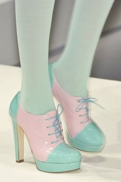 Turquoise and Pink Heeled Oxfords. Would perfer these in a beige and red or a black and beige, something more versatile!