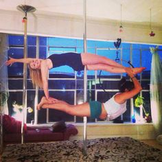 Pole doubles! #superman #plank