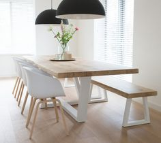 Cool 40 Fascinating Diy Dining Table Design Ideas That Looks Awesome Dinning Table With Bench, Dinning Table Design, Diy Dining Room Table, Oak Table, Modern Dining Table, Dining Tables, Diy Esstisch, Esstisch Design, Diner Table