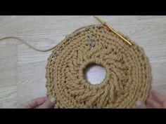 Crochet Mat, Crochet Mandala Pattern, Crochet Cable, Crochet Wool, Crochet Doilies, Crochet Flowers, Crochet Granny, Youtube Crochet Patterns, Crochet Mandela