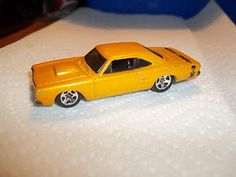 "2008 Hot Wheels #005 - ""69 DODGE CORONET SUPER BEE"" - New Models Series - Loose"