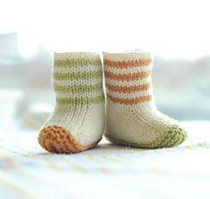 Lovebug Booties Knitting pattern by Carrie Bostick Hoge