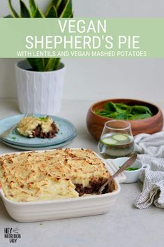 This vegan shepherd's pie recipe is easy to make in your Instant Pot, slow cooker, or on the stove top. Simply top with mashed potatoes for a healthy gluten-free vegetarian dinner! Vegetarian Comfort Food, Vegetarian Crockpot Recipes, Delicious Vegan Recipes, Slow Cooker Recipes, Vegan Shepherds Pie, Vegan Mashed Potatoes, Freezer Friendly Meals, Slow Cooker Lentils, Vegan Main Dishes