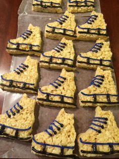 Basket Ball Gifts Diy Sports 50 Ideas For 2019 Hockey Decor, Hockey Gifts, Hockey Mom, Rice Crispy Treats, Krispie Treats, Rice Krispies, Rice Crispy Cake, Hockey Birthday Parties, Hockey Party