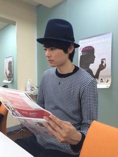 ホリプロ・スクエアのコメント撮影で、古川くんが会社に来てくれました。 #kawaii http://www.horipro.co.jp   Yuki Furukawa