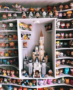 31 Trendy House Decor Disney Life - Sites new Disney Pop, Walt Disney, Deco Disney, Disney Pixar, Disney Mignon, Funko Pop Display, Funko Pop Dolls, Funk Pop, Harry Potter