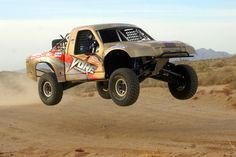 Las Vegas Corporate Activities - Off Road Racing  -  Looking for a perfect place to hold your Corporate Activities in Las Vegas? Want to make it a memorable event for your employees? Well then VORE's the place to have your adrenaline charged team building event. It's guaranteed to leave a  lasting impact on your employees and manager.