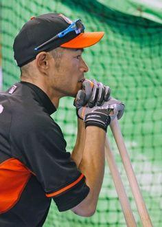 Ichiro Suzuki - Miami Marlins Amazing Baseball player. Grew up watching him.