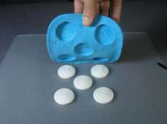 How to Make a Multi-Cavity Mold with Silicone Plastique® | MakeYourOwnMolds.com