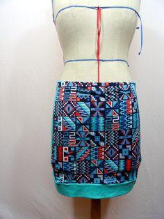 Mini-jupe en jersey bicolore à motif indien
