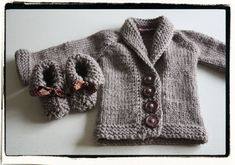 Äidin lintu: Baby Sophisticate SUOMENNETTU neuleohje Knitting, Sweaters, Baby, Fashion, Moda, Tricot, Fashion Styles, Cast On Knitting, Stricken