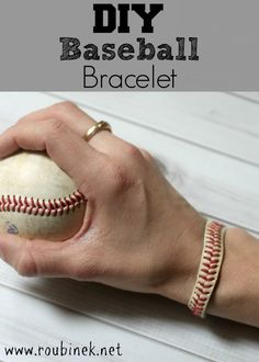 diy baseball bracelet, great gift for a baseball mom