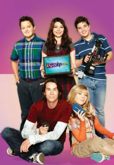 icarly iCarlyYou can find ICarly and more on our website Miranda Cosgrove, Hannah Montana, Series Da Nickelodeon, Movies Showing, Movies And Tv Shows, Du Dudu E Edu, Icarly And Victorious, Dan Schneider, Nathan Kress