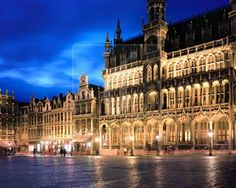Brussels, Belgium......where Charli's mommy and daddy met almost 19 years ago.....holy cow I am getting old lol